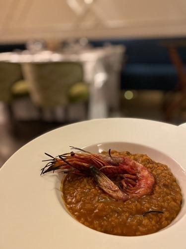 PRÍSTINO | Casa de comidas contemporánea